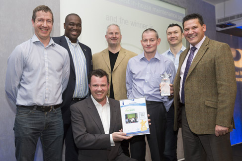 Viridian collect their award for Best in-house maintenance service provider